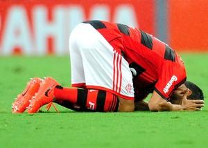 Andre Santos Flamengo (Foto: Dhavid Normando / Agência estado)