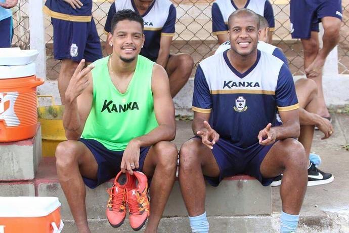 Tiago Pedra e Deivison, Macaé (Foto: Reproduçãol/ Facebook)