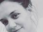 Katie Holmes posta selfie sem make e com cara de cansada. Fãs elogiam