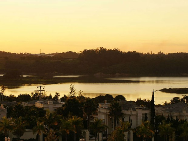 Complexo fica em área de 407 mil metros quadrados com uma belíssima vista para a natureza (Foto: Divulgação)