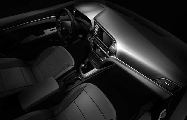 Hyundai divulga teaser do interior do novo Elantra (Foto: Divulgação)