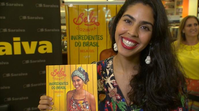 Bela Gil lança livro que ensina a usar ingredientes de todo o Brasil (Foto: TV Bahia)
