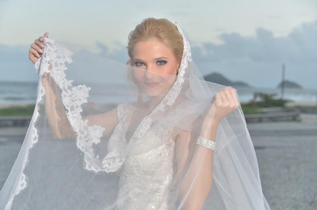 Stephanie Georguleas vestida de noiva em seu casamento (Foto: Arquivo pessoal)