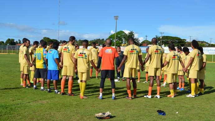 Equipe profissional do Rolim de Moura  (Foto: Magda Oliveira)