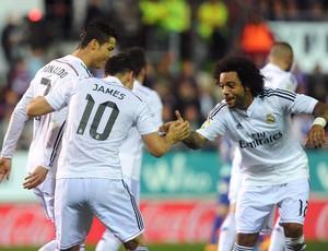 James, Cristiano ronaldo e Marcelo- Elbar x Real Madrid (Foto: AFP)