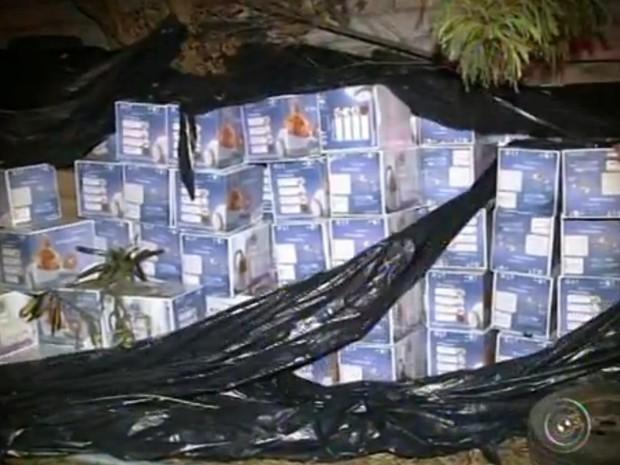 Investigações começaram após descoberta de galpão de cargas (Foto: Reprodução/TV TEM)