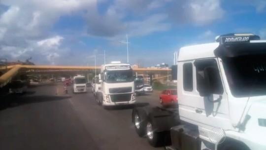 Protesto de caminhoneiros termina em rodovia da Bahia, diz PRF