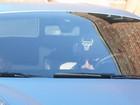 Juntinhos: Justin Bieber dirige carro de Selena Gomez