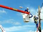 Instalação de luminárias em Itanhaém deve ser concluída em até dois meses