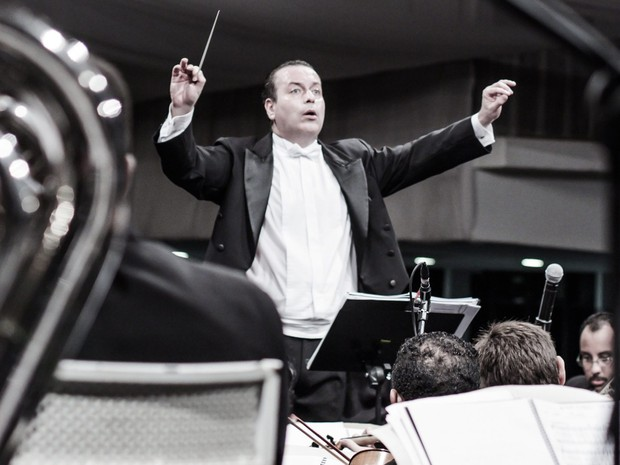 Maestro Paulo de Tarso será o regente da noite (Foto: Divulgação)