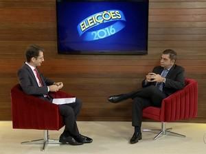 Prefeito reeleito em entrevista à TV Anhanguera  (Foto: Prefeito reeleito em entrevista à TV Anhanguera )