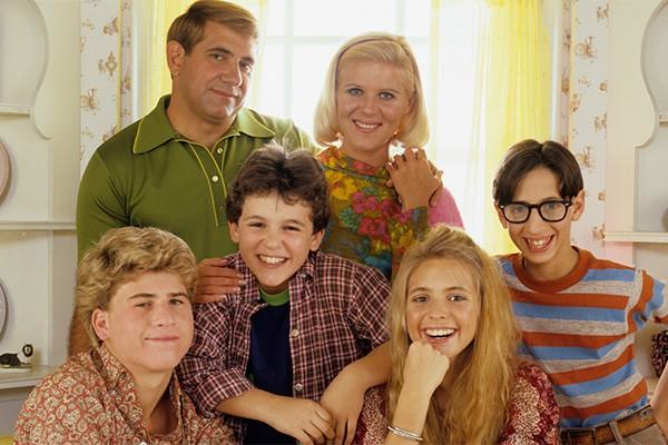 A série 'Anos Incríveis' conquistou o público no fim dos anos 80 com a história de Kevin, um garoto fazendo a transição da infância para a adolescência. (Foto: Divulgação)