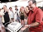 Parabéns! Tony Ramos ganha surpresa de aniversário nos bastidores
