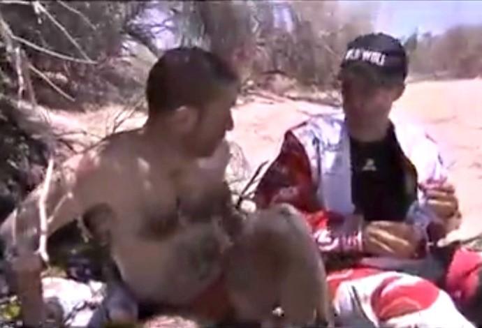 Piloto espanhol Enric Marti Flix é encontrado nu e delirando na Argentina (Foto: Reprodução / YouTube)