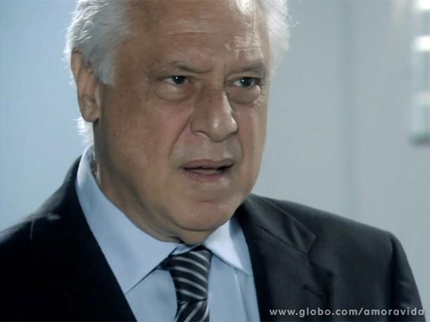 César (Foto: Amor à Vida / TV Globo)