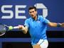 Com desistência de Tsonga, Djokovic avança à semi pela 10ª vez seguida