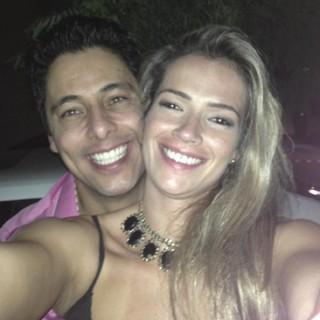 Fani Pacheco e o namorado (Foto: Instagram / Reprodução)