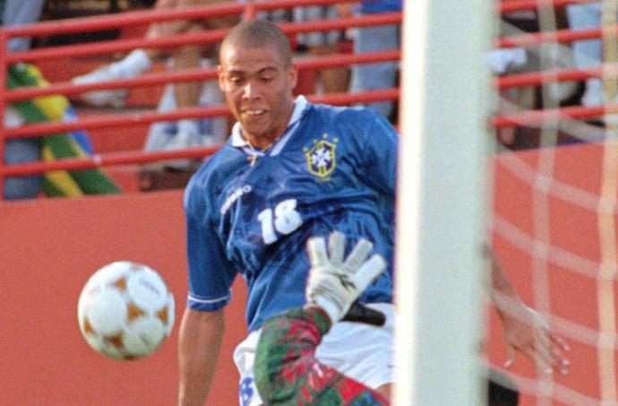Ronaldo olimpiada 1996 (Foto: AP)