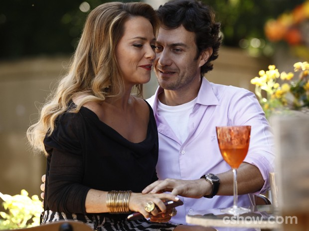 Laerte aproveita tempo com Shirley em Goiânia e os dois saem (Foto: Inácio Moraes / TV Globo)
