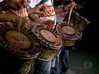 Veja como é feita a preparação das baterias das escolas de samba de SP