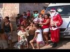 Crianças de Uberaba recebem presentes de Natal da Polícia Militar