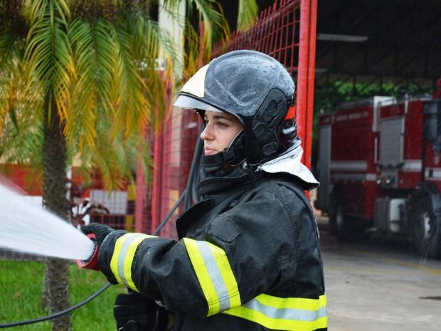 Soldada durante treinamento com a equipe de São Carlos (SP) (Foto: Ana Carolina Malandrino/ G1)