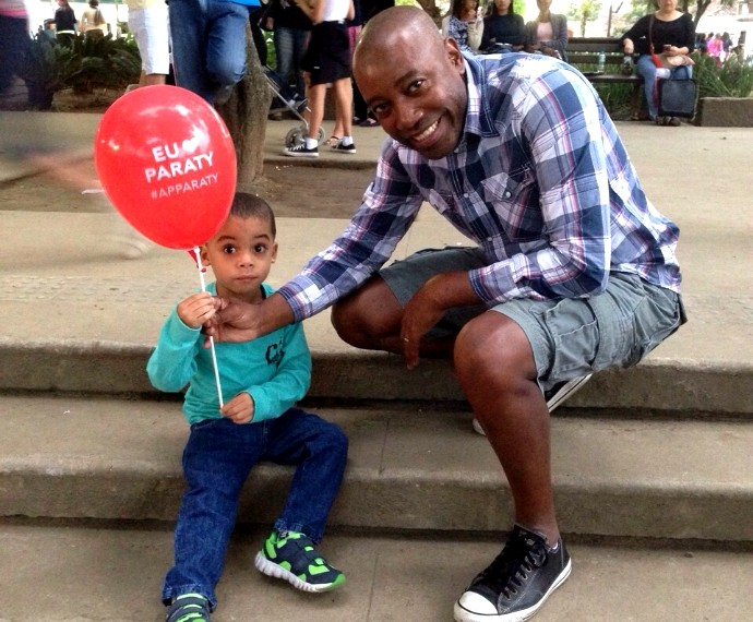 Nando Cunha e o filho Davi em viagem em família (Foto: Arquivo pessoal)