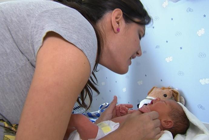 A estreia na maternidade vem cheia de surpresas! (Foto: De Ponta a Ponta / TV TEM)
