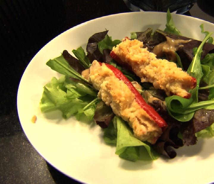 Salada com pimenta gratinada do Wagner