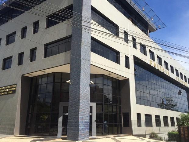 Polícia Federal deflagra ação em Goiás para coibir a pornografia infantil na internet (Foto: Vitor Santana/G1)