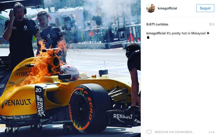 Kevin Magnussen brinca com incêndio em sua Renault (Foto: Reprodução)