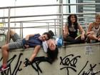 Tá chegando a hora! Elenco grava abertura no centro do Rio de Janeiro