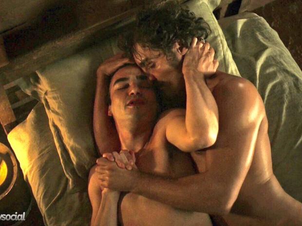 Cena de sexo em 'Liberdade, Liberdade' (Foto: Reprodução/Twitter)