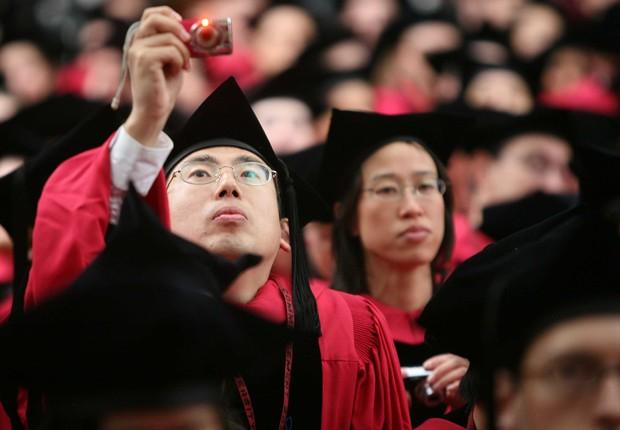 Estudantes de origem asiática em Harvard: etnia forma maioria dos calouros da universidade (Foto: Robert Spencer/Getty Images)