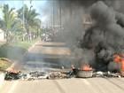 Em dia de greve de ônibus, protesto interdita Av. dos Africanos