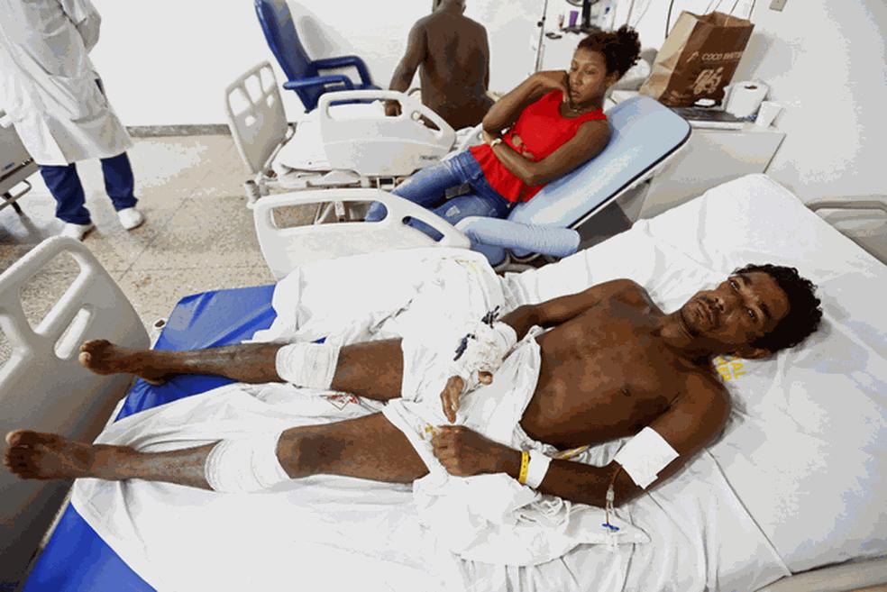 13 índios Gamela e quatro proprietários de terras ficaram feridos no conflito em Viana (Foto: Lunaé Parracho/Reuters)