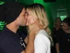 Famosos trocam muitos beijos em terceiro dia de Rock in Rio