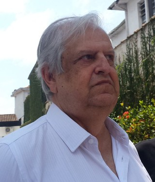 Modesto explica atrasos no Santos e cogita mata-mata no Pacaembu