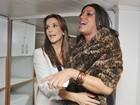Ivete Sangalo encontra cover no camarim de show em Salvador