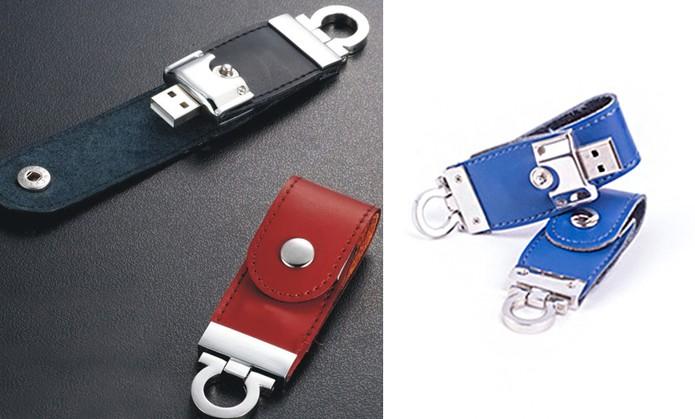Pendrive tem revestimento especial em couro com diversas cores (Foto: Divulgação/Gift USB)