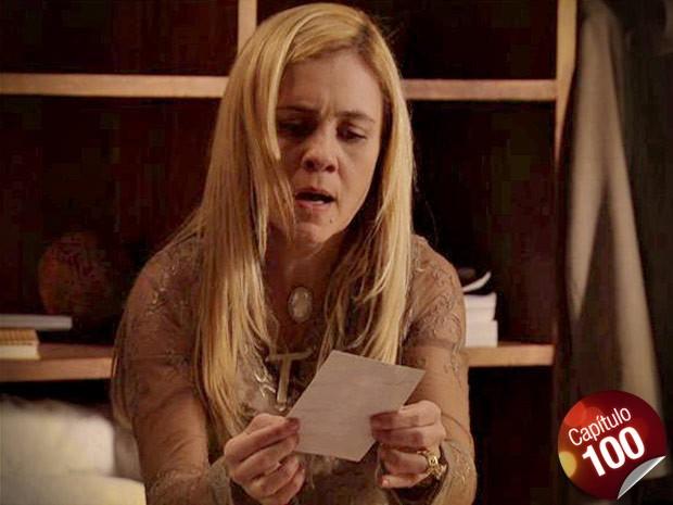 Chocada! Carminha descobre, enfim, que Nina é Rita (Foto: Avenida Brasil/ TV Globo)