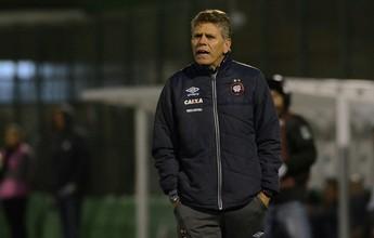 """Paulo Autuori elogia calma e reação do Atlético-PR: """"Oscilação é normal"""""""