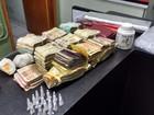 Casal é preso com cocaína, arma e munições escondidas no quarto