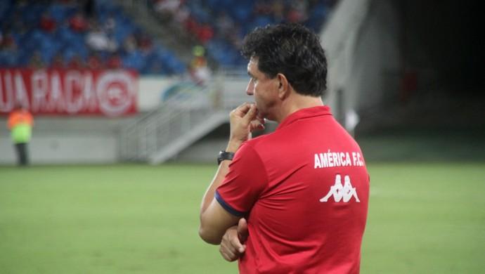 América-RN - Guilherme Macuglia, técnico (Foto: Fabiano de Oliveira)