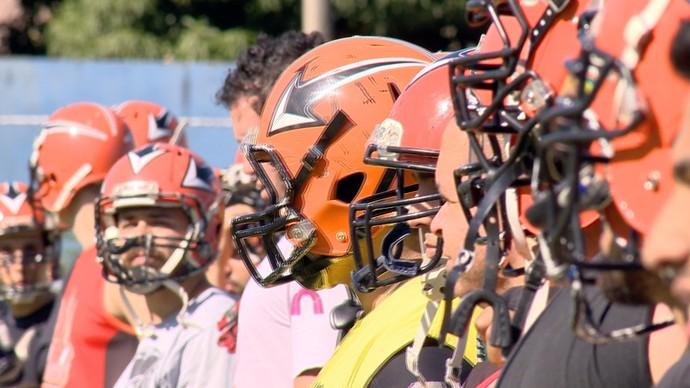 O uniforme é proteção para eles (Foto: Divulgação / TV Gazeta ES)