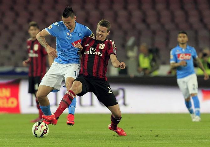 Milan perde segunda seguida  (Foto: Reuters)