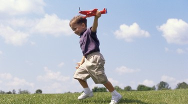 criança; brincadeira; diversão  (Foto: Thinkstock)