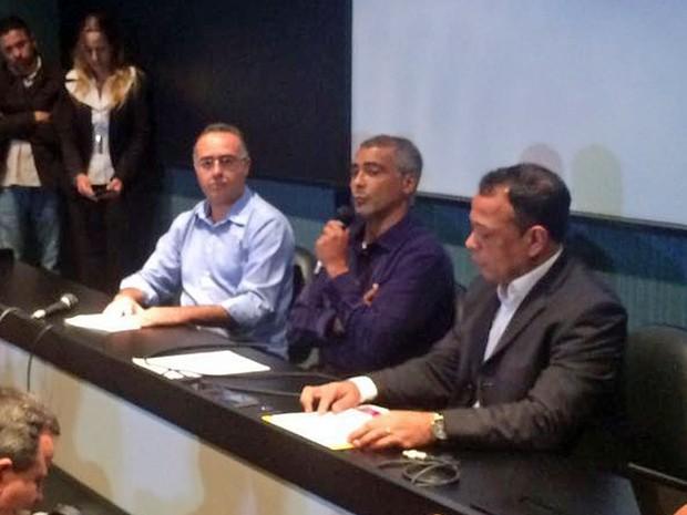 Romário confirmou pré-candidatura às eleições para prefeito do Rio nesta segunda-feira (Foto: Alessandro Ferreira/G1)
