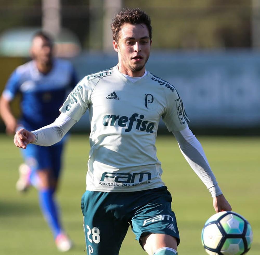 Hyoran volta ao palco de sua estreia e fala em ganhar espaço no Palmeiras
