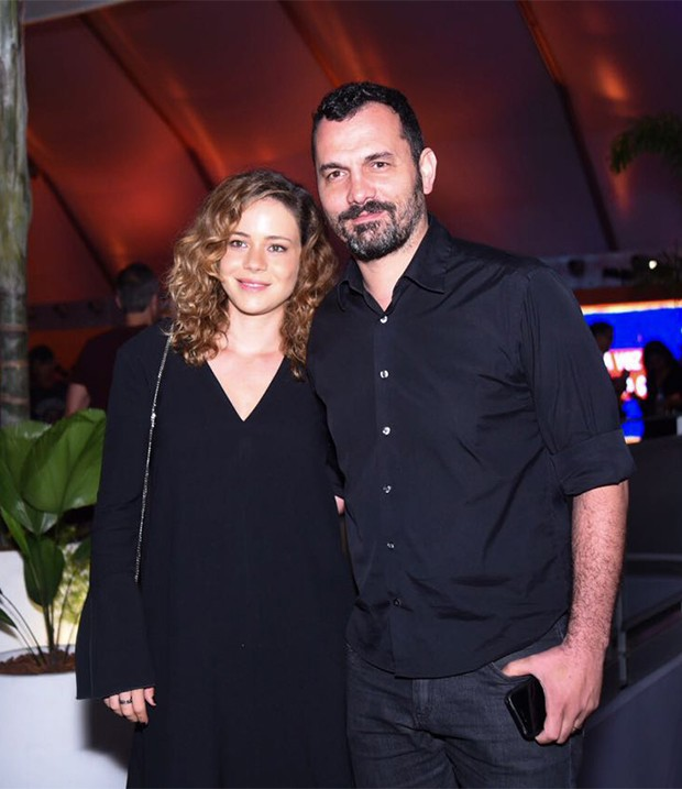 Leandra Leal e o marido, Alê Youssef (Foto: Renato Wrobel / Ed. Globo)